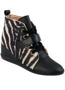 Sneaker  Preto Estampa Zebra