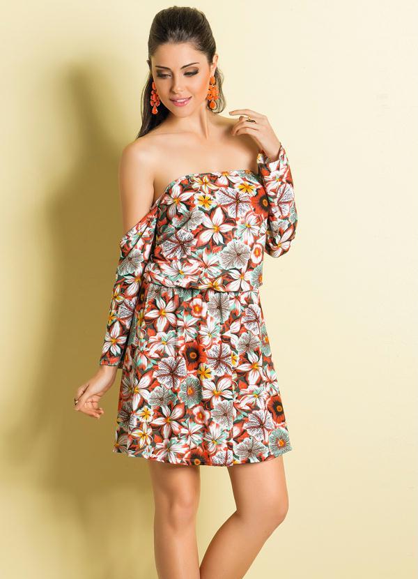 Vestido ciganinha floral de Claudia Leitte