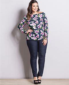 Blusa Ombro a Ombro e Calça Jeans Reta Plus Size