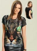 T-Shirt Estampa de Gato  Preta